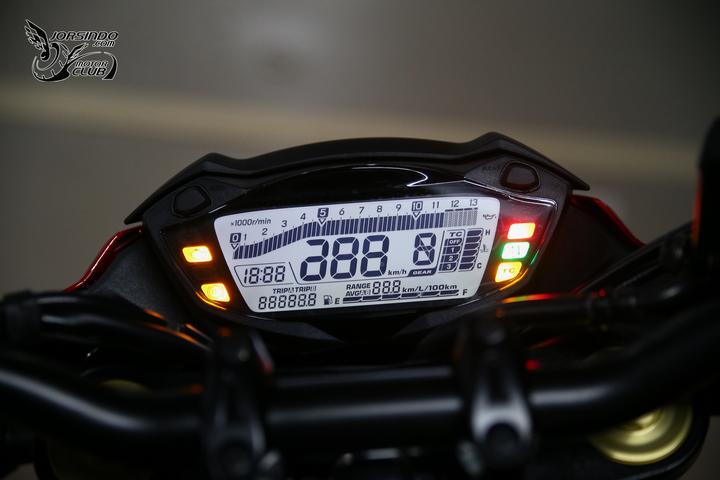 SUZUKI GSX-S750配備說明