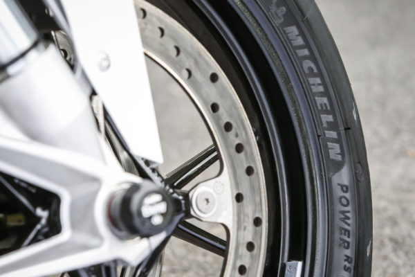 大型重機輪胎如何選擇