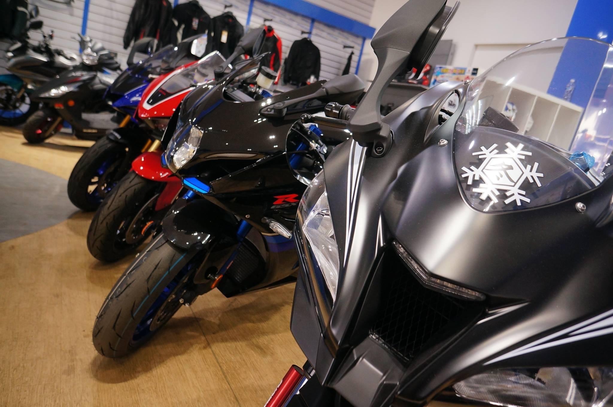 Kawasaki ZX10RR冬測版