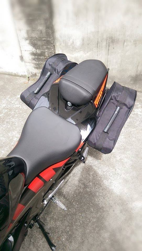 SuzukiGSXR150原廠出品必是精品小魯裝側箱